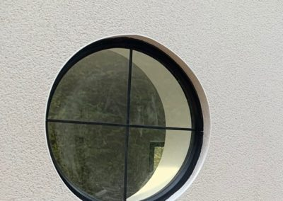 Fixed Round Window With Lead